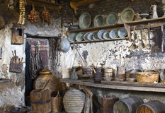 Oude traditionele keuken Stock Afbeeldingen