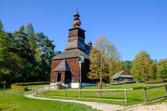 Oude traditionele Slowaakse houten kerk, Stara Lubovna, Slowakije Stock Afbeeldingen