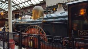 Oude traditionele trein Stock Afbeeldingen