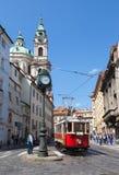 Oude tram in Lesser Town van Praag Stock Fotografie