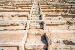 Oude treden van Roman theater in Plovdiv stock afbeeldingen