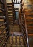 Oude tredenarchitectuur en stappen stock fotografie