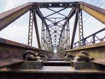 Oude treinbrug royalty-vrije stock foto's