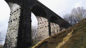 Oude treinbrug stock foto