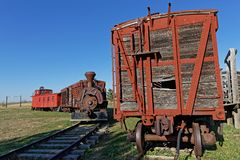 Oude treinen in een westelijke stad stock afbeelding