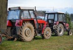 Oude Tsjechische Zetor-tractoren Stock Foto's