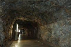 Oude tunnel onder het kasteel royalty-vrije stock foto's