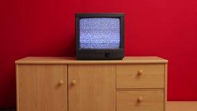 Oude TV geen signaal stock footage