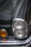 Oude Uitstekende Auto en Blauwe Hemel Royalty-vrije Stock Afbeelding