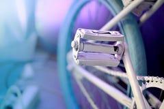 Oude uitstekende fiets royalty-vrije stock foto