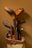 Oude uitstekende golfclubs Royalty-vrije Stock Foto