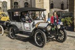 Oude uitstekende klassieke auto buik Stock Afbeeldingen