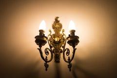 Oude uitstekende lamp Stock Afbeelding