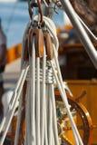 Oude varende boot tijdens een regatta in Panerai Klassieke Yac Royalty-vrije Stock Fotografie