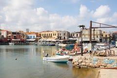 Oude Venetiaanse haven van Rethymno, Kreta, Griekenland stock afbeelding