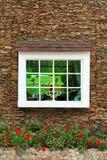 Oude venster en bakstenen muur Royalty-vrije Stock Afbeelding