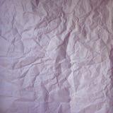 Oude verfrommelde document uitstekende textuur De ruwe gerimpelde roze purpere kleur stelt blad in de schaduw Geweven grungeachte royalty-vrije stock afbeelding