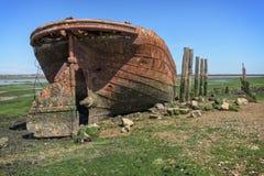 Oude verlaten boot Stock Afbeeldingen