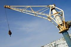 Oude Verschepende Crane Puerto Del Carmen, Lanzarote stock foto
