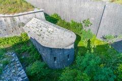 Oude vesting die de stad in vroeger tijden verdedigde stock afbeeldingen