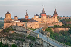 Oude vesting kamenetz-Podolsk dichtbij stad kamianets-Podilskyi Royalty-vrije Stock Afbeeldingen