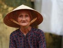 Oude Vietnamese Vrouw Stock Foto