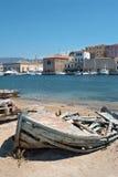Oude vissersboot. Chania, Kreta, Griekenland Stock Afbeeldingen
