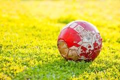 Oude voetbalbal Royalty-vrije Stock Foto