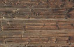 Oude voorgevel met houten planken Stock Afbeeldingen