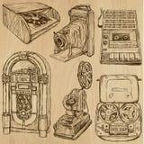 Oude voorwerpen nr 3 - hand getrokken inzameling Stock Afbeeldingen