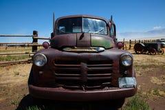 Oude vrachtwagen Royalty-vrije Stock Afbeeldingen