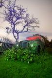 Oude vrachtwagen 4 x 4 Stock Afbeeldingen
