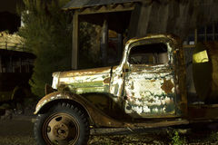 Oude Vrachtwagen - Geschilderd Licht Stock Afbeelding