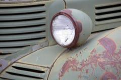 Oude vrachtwagen hoofdlamp Stock Foto's