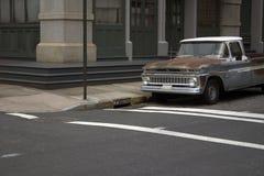 Oude vrachtwagen in NYC Stock Afbeelding