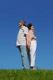 Oude vrouw en man die zich rijtjes bevinden Royalty-vrije Stock Foto