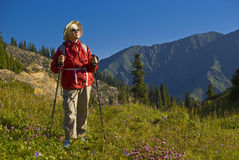Oude vrouwen in berg Royalty-vrije Stock Foto's