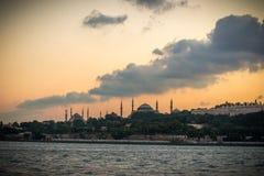 Oude vrouwen` s stad van Istanboel met Bosporus, Turkije Royalty-vrije Stock Afbeelding