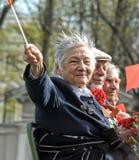 Oude vrouwenveteraan van WO.II Stock Foto's