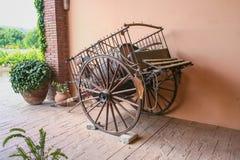 Oude wagen voor vervoer royalty-vrije stock fotografie