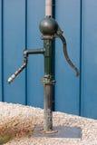 Oude waterpump Royalty-vrije Stock Foto's