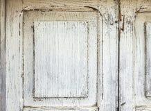 Oude Witte Grunge schilderde Houten Deur Textuurachtergrond voor ontwerp stock foto