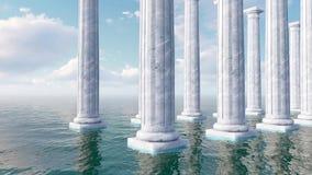 Oude witte marmeren kolommen onder open zee stock footage