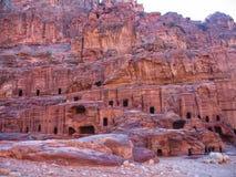 Oude woningen en huizen dichtbij Petra royalty-vrije stock afbeelding