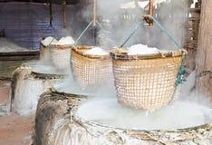 Oude zoute pot Stock Afbeeldingen