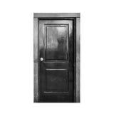 Oude zwarte houten die deur op wit wordt geïsoleerd royalty-vrije stock afbeelding