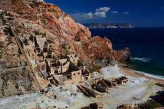 Oude zwavelmijn in Paliorema Milos De eilanden van Cycladen Griekenland royalty-vrije stock foto's