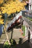 Oudegracht mit Kais in Utrecht, die Niederlande Stockbilder