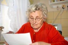 Oudere dame royalty-vrije stock fotografie