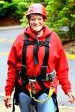 Oudere Dame Wearing Zipline Gear royalty-vrije stock fotografie